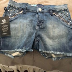 Rock and republic size 4 shorts